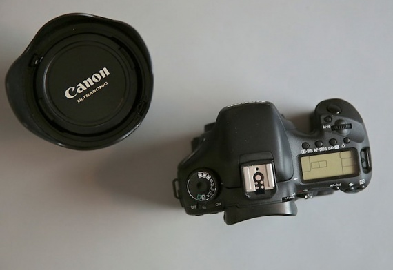 Новый фотоаппарат или новый объектив?