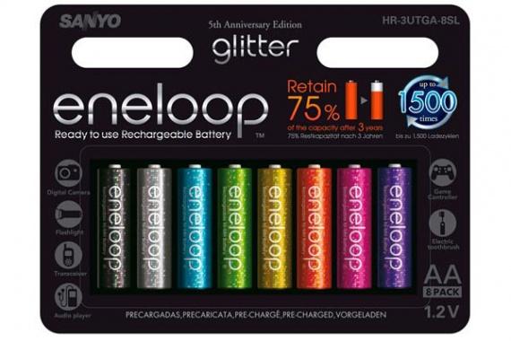 По случаю пятого дня рождения Eneloop, SANYO выпустила специальную версию Eneloop glitter